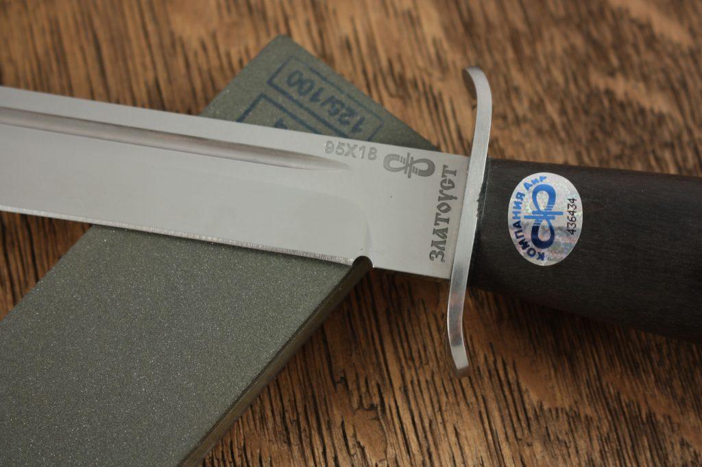 """""""Дулька"""" является лишь ограничителем, которая облегчает заточку ножа."""