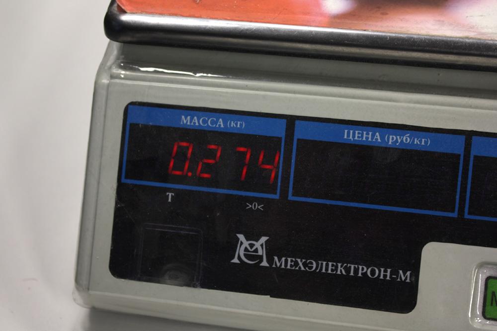 вес метательного ножа акула