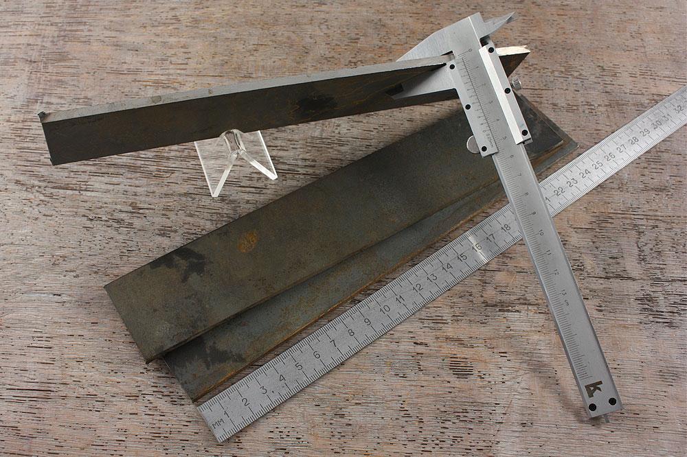 Сталь D2 для ножей